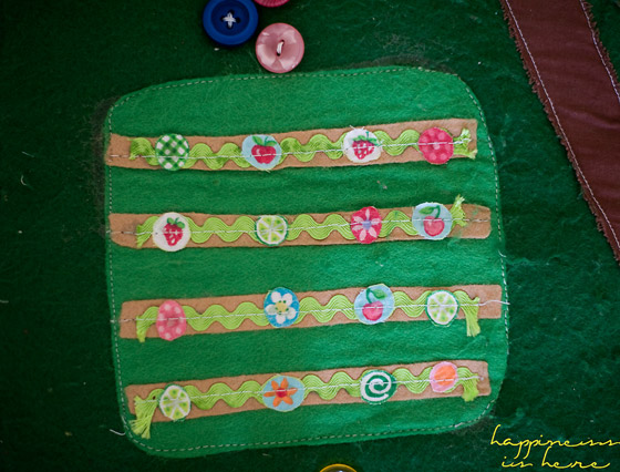 Homemade Farm Play Mat | Happiness is here
