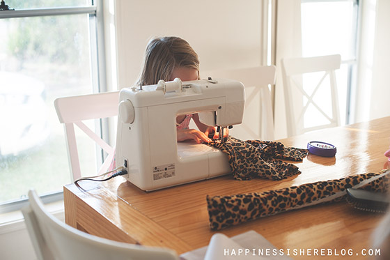 Everyday Unschooling: Cheetah Costume