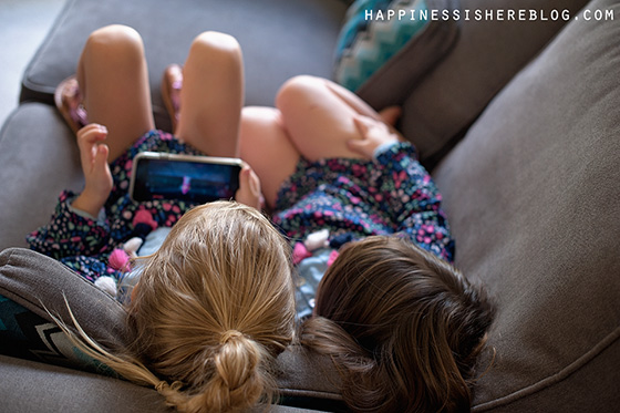 10 Contradictory Messages Parents Send Their Children